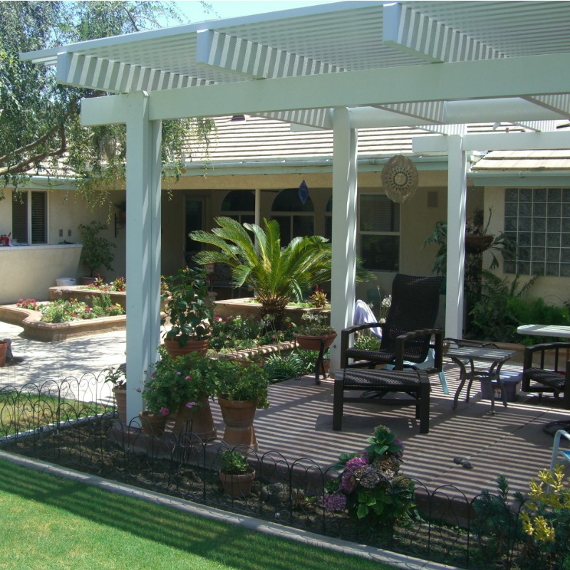 Custom Patio in Bakersfield by Maranatha Landscape